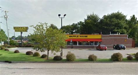 waffle house nc nc waffle house customer fights back against robber carrying ak 47 style rifle police say