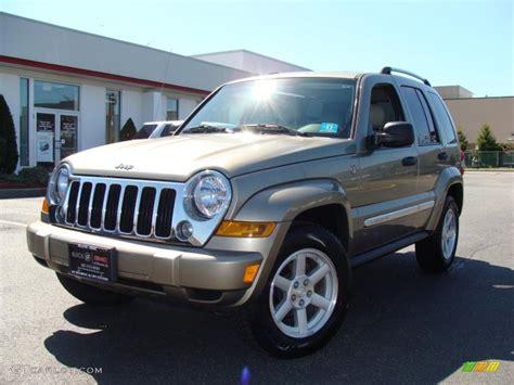 2006 Jeep Liberty Limited 2006 Light Khaki Metallic Jeep Liberty Limited 4x4