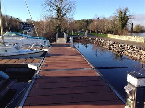 lough derg boat sleeping afloat on lough derg boats for rent in nenagh