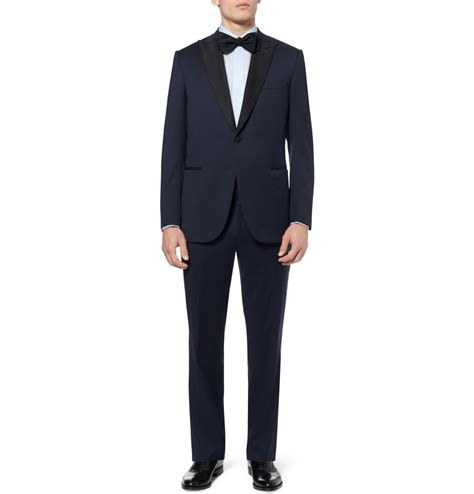 deep tuxedo for groom with accents onewed com