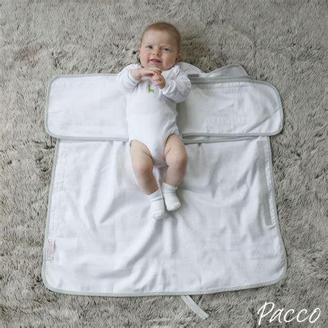 pucken bis wann pucktuch f 252 r babys ab 4 7kg pacco piccolo wei 223 pucken
