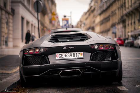 Fondos de pantalla: Lamborghini Aventador LP700 4 en París