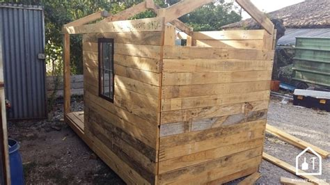 Fabriquer Une Cabane Avec Des Palettes 5285 by Construire Une Cabane En Palette Tuto Diy