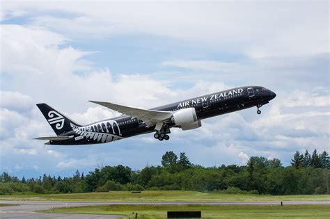 air new zealand air new zealand s new 787 9 takes flight dan news