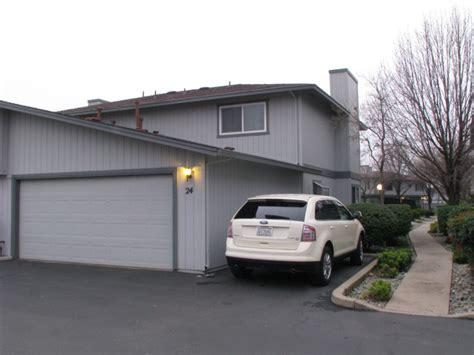 Garage Sales In Redding Ca by Featured Home 200 Ridgetop Dr 24 Redding Ca View