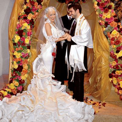 16 most beautiful celebrity wedding gowns that will make
