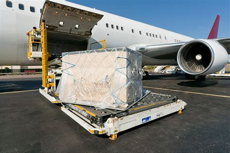 global air cargo strongest   west coast port crisis