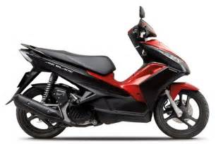 Honda Blade Honda Air Blade 2013 Review New Motorcycle Review