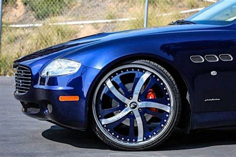 navy blue maserati forgiato rasoio wheels