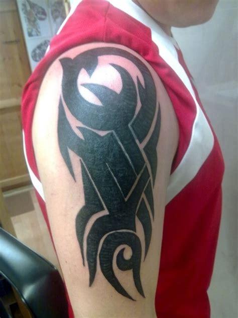 23 tatuajes frescos brazo hombres tatuaje club