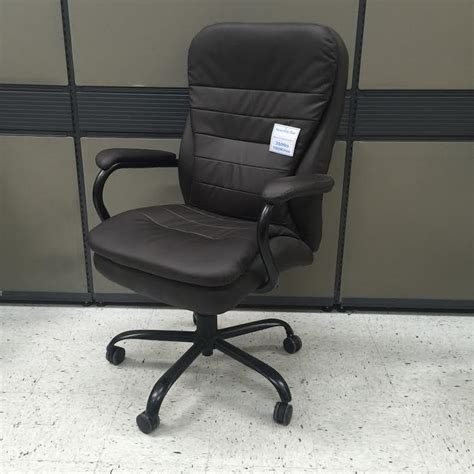 Office Furniture Warehouse Pewaukee Heavy Duty Bomber Brown Executive Roller New Ofw