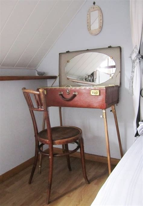 what s old is new and upcyclded vintage at latelierhomevan 30 day adventures make your own make up vanity small town diy