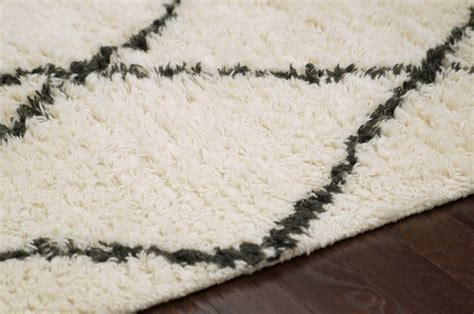 nuloom moroccan rug shaggy moroccan rug from decor wool by nuloom plushrugs