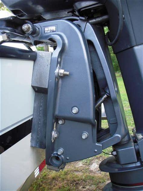 boat motor transom wedge 23 contender open transom wedge issue the hull truth
