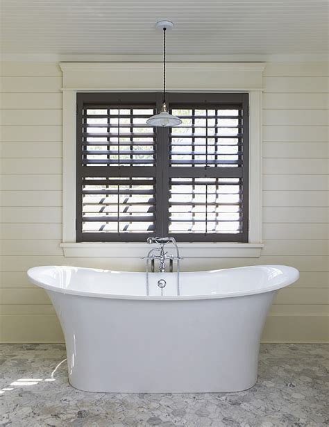 toulouse bathtub the white plank wall trend through the front door