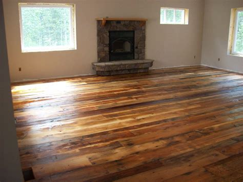 Linoleum Plank Flooring Linoleum That Looks Like Wood Roselawnlutheran