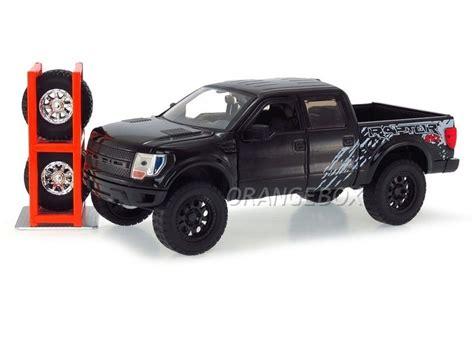 1 24 2011 Ford F 150 Svt Raptor Truck Y1313 ford f 150 svt raptor 2011 1 24 toys 54027 2 preto r 185 95 em mercado livre