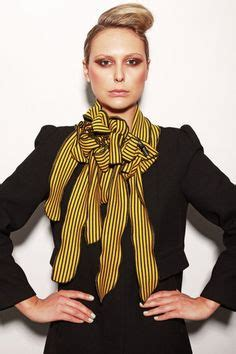 Transform Your Look In An Instant With A Fabulous Hairstyle by 1000 Images About Scarves Scarfs And Snoods On
