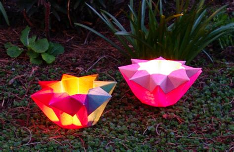 How To Make Origami Lights - niffie tiffers origami paper lantern