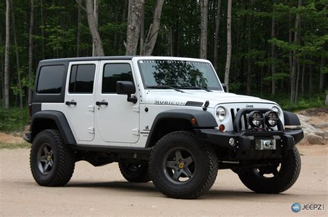 Jeep Jk Aev Aev Offers 75 000 Jeep Wrangler Hemi