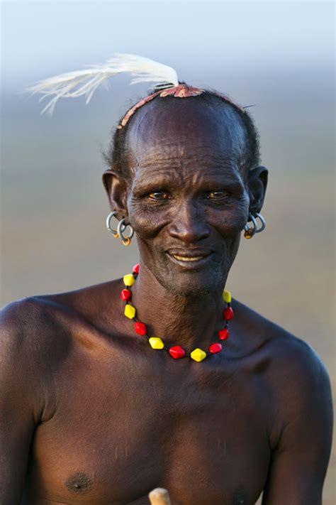 kenyan mem hairstlye kenya