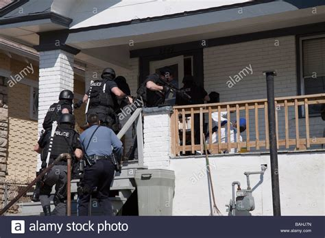 Warrant Search Ok Tactical Team Serving A High Risk Related Search Warrant Stock Photo