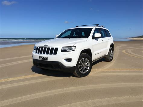 2016 jeep grand cherokee 2016 jeep grand cherokee laredo review fraser island