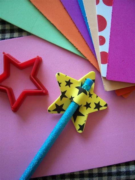 estrella de goma eva y purpurina para decorar el arbol de navidad c 243 mo hacer divertidas manualidades con goma eva