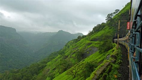 Breathtaking Scenery while travelling from Mumbai to Pune ...