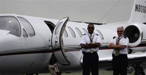 best paid uk aircraft pilot the best on excite uk