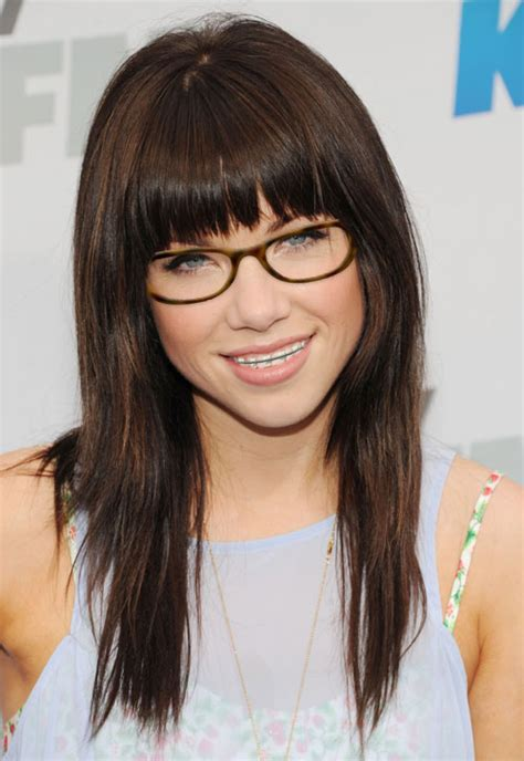 Hairstyles For Glasses And Braces | dosen t carly raw jepsen look super cute in her glasses