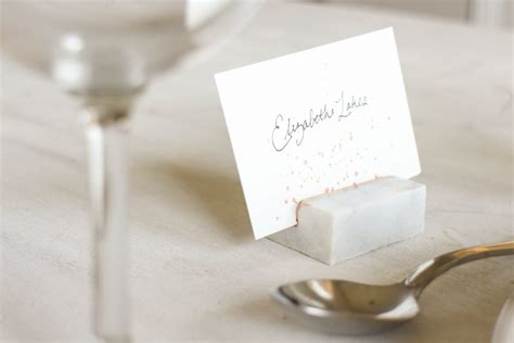 diy place card holders a bit of whimsy the culinary chase diy marble place card holders linen and lavender