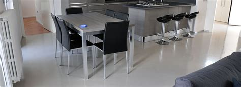 resine autolivellanti per pavimenti pavimenti e rivestimenti in resina autolivellanti tinta