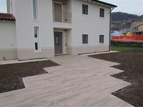 pavimento da esterno effetto legno gres effetto legno posa esterno tutte le immagini per la