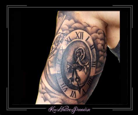 tattoo arm klok klok en wolkjes arm kim s tattoo paradise