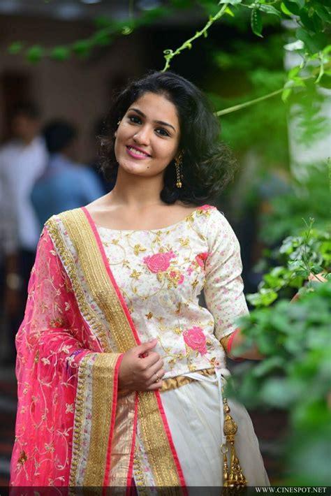 'Queen' Actress Saniya Iyappan Latest Photos