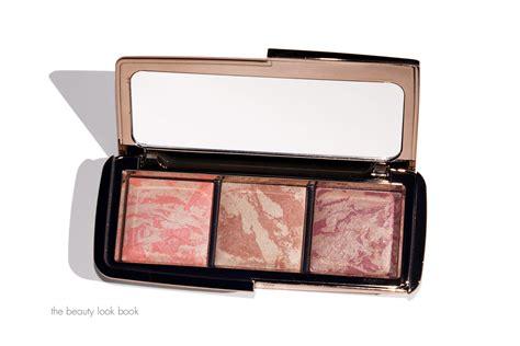 hourglass strobe lighting blush hourglass ambient strobe lighting blush palette the