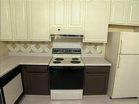 painting kitchen cabinets two different colors two color kitchen cabinets painted kitchen cabinet ideas
