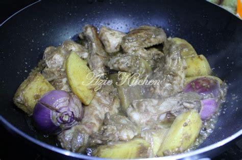 Rata Rata Minyak Bulus azie kitchen
