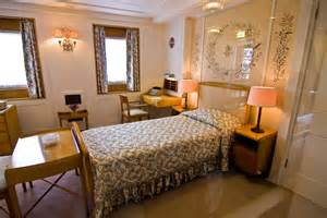 3 Bedroom Cabin Plans royal yacht britannia 169 alan findlay cc by sa 2 0