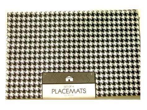 Houndstood Set black white houndstooth placemats set