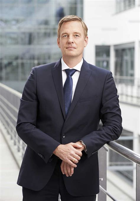 stefan butz bmw group vice president location based