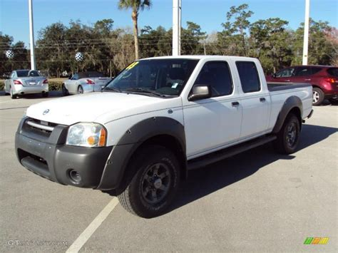 white nissan frontier 2003 avalanche white nissan frontier xe v6 crew cab