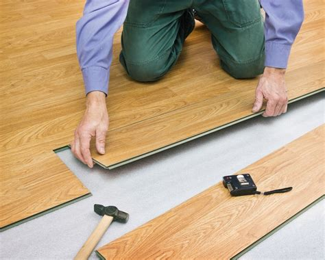 how much does it cost to recarpet a bedroom how much does it cost to buy install laminate flooring