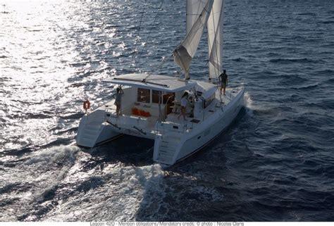 noleggio charter catamarano grecia ioniche cicladi con