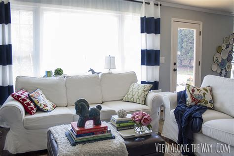 Sle Living Room Decorating Ideas by Yard Sale Style 7 Things To Shop For To Decorate On The