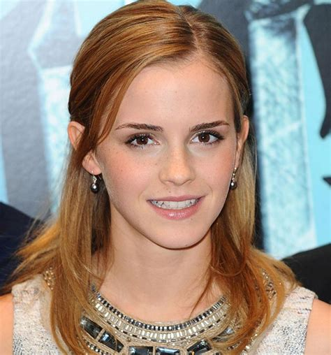 emma watson natural hair color emma watson s best hairstyles and hair colors for your