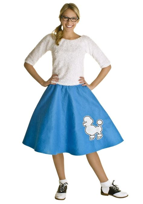 how to make a poodle skirt that became a trend in the 50s