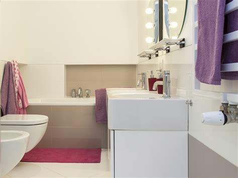 Badezimmer Deko Violett bad deko stile ideen und farben dekoration de