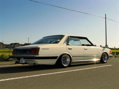 nissan cedric datsun cedric 280c photos and comments www picautos com